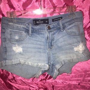 Hollister short shorts. Juniors size 3